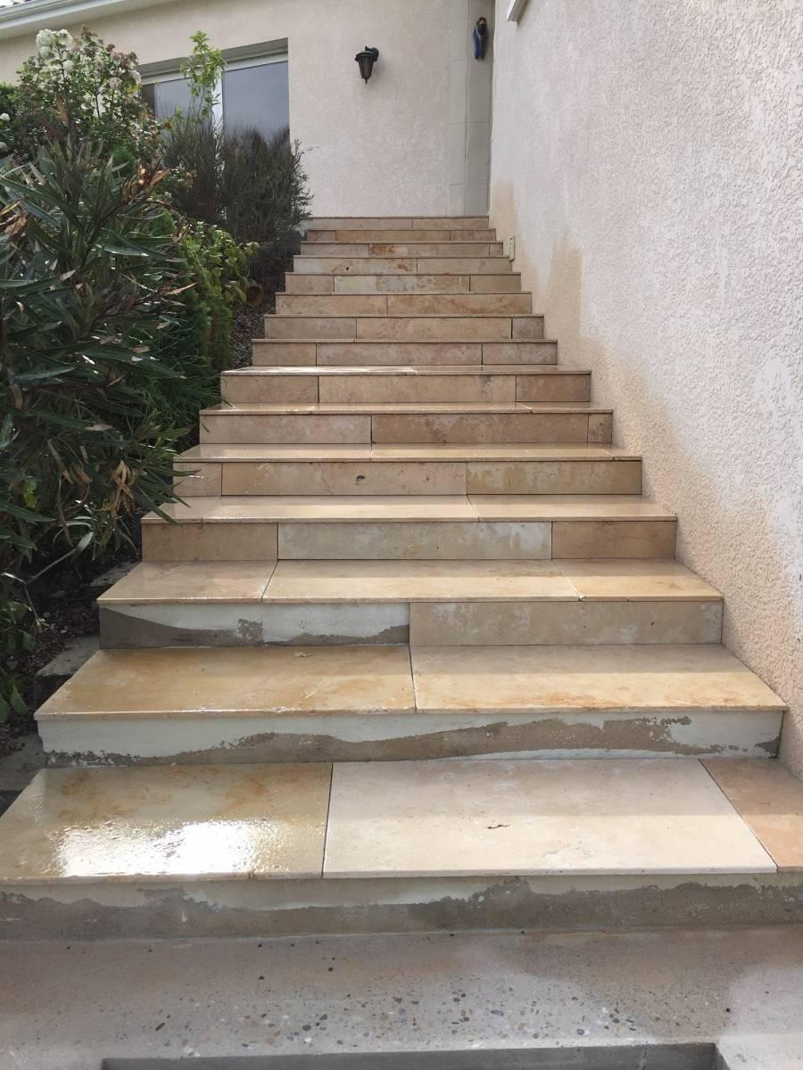 Pose De Travertin Sur Escalier Exterieur Proche De Creon Vente Et Pose De Carrelage Salle De Bain Cuisine Et Exterieur Libourne Carrelage Et Bain De A A Z